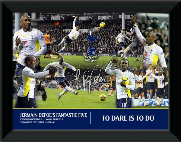 Framed photographic montage featuring Tottenham Hotspur's Jermain Defoe. Print size: THFC004 - 16x12inches (406x305mm)