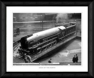 planes trains/cock north turntable framed print